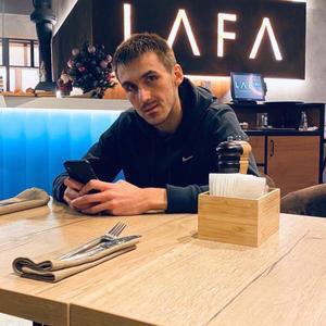Антон, 33 года, Казань