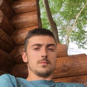 Роман, 32 года, Дальнегорск