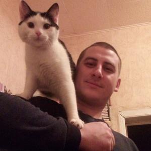 Илья, 34 года, Советск