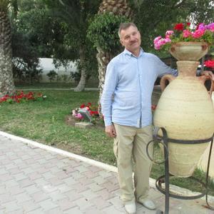 Олег, 69 лет, Смоленск