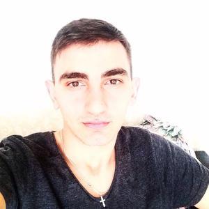 Рустам, 27 лет, Бийск