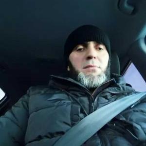 Абдуллох, 30 лет, Нижний Тагил