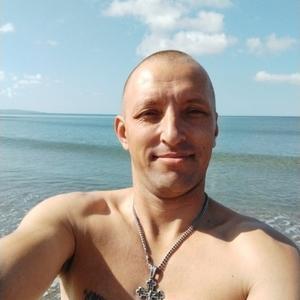 Юрий Серебренников, 34 года, Южно-Сахалинск