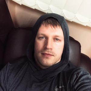 Евгений, 38 лет, Киров