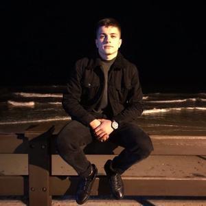 Максим Куревлев, 21 год, Калининград