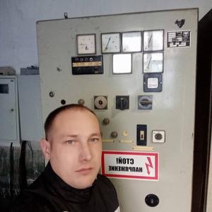 Анатолий, 30 лет, Киренск