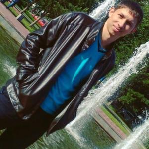 Alex, 33 года, Набережные Челны
