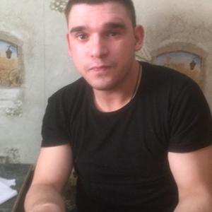 Лео, 26 лет, Невельск