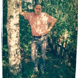 Юрий, 39 лет, Елец