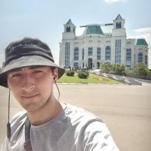 Виктор, 30 лет, Нижневартовск