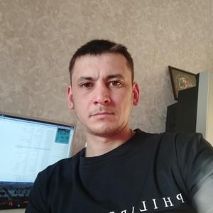 Виталий, 32 года, Череповец