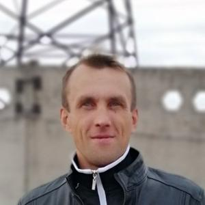 Алексей Петров, 38 лет, Родники