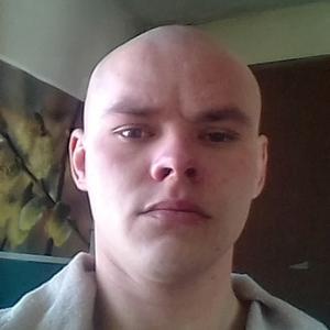 Руслан, 32 года, Слободской