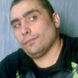 Олег, 39 лет, Санкт-Петербург