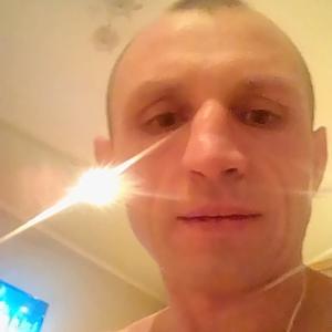 Иван, 38 лет, Свободный