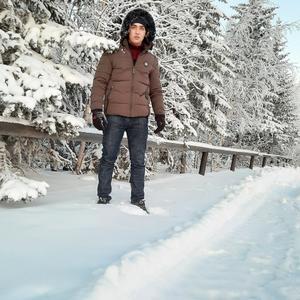 Илхом, 26 лет, Москва