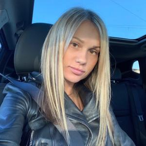 Виктория, 33 года, Санкт-Петербург